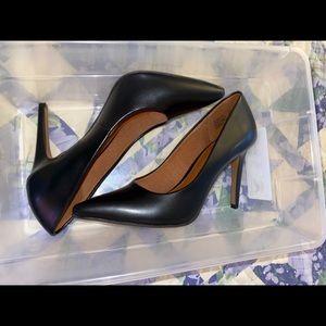 Black pointed toe high heels never worn